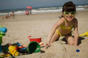 Permainan Pantai Yang Mengembirakan untuk Main dengan Anak-Anak