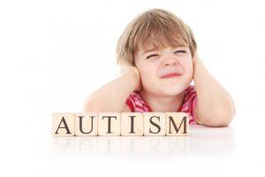 Autism Spectrum Disorder (ASD) mempunyai dua ciri utama iaitu kesukaran komunikasi, interaksi sosial dan kecenderungan ke arah corak tingkah laku dan minat yang terhad.
